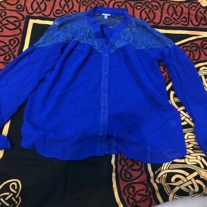 CHARLOTTE RUSSE sheer royal blue collared shirt